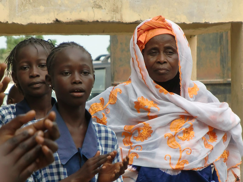 Sajuka skolan i Gambia