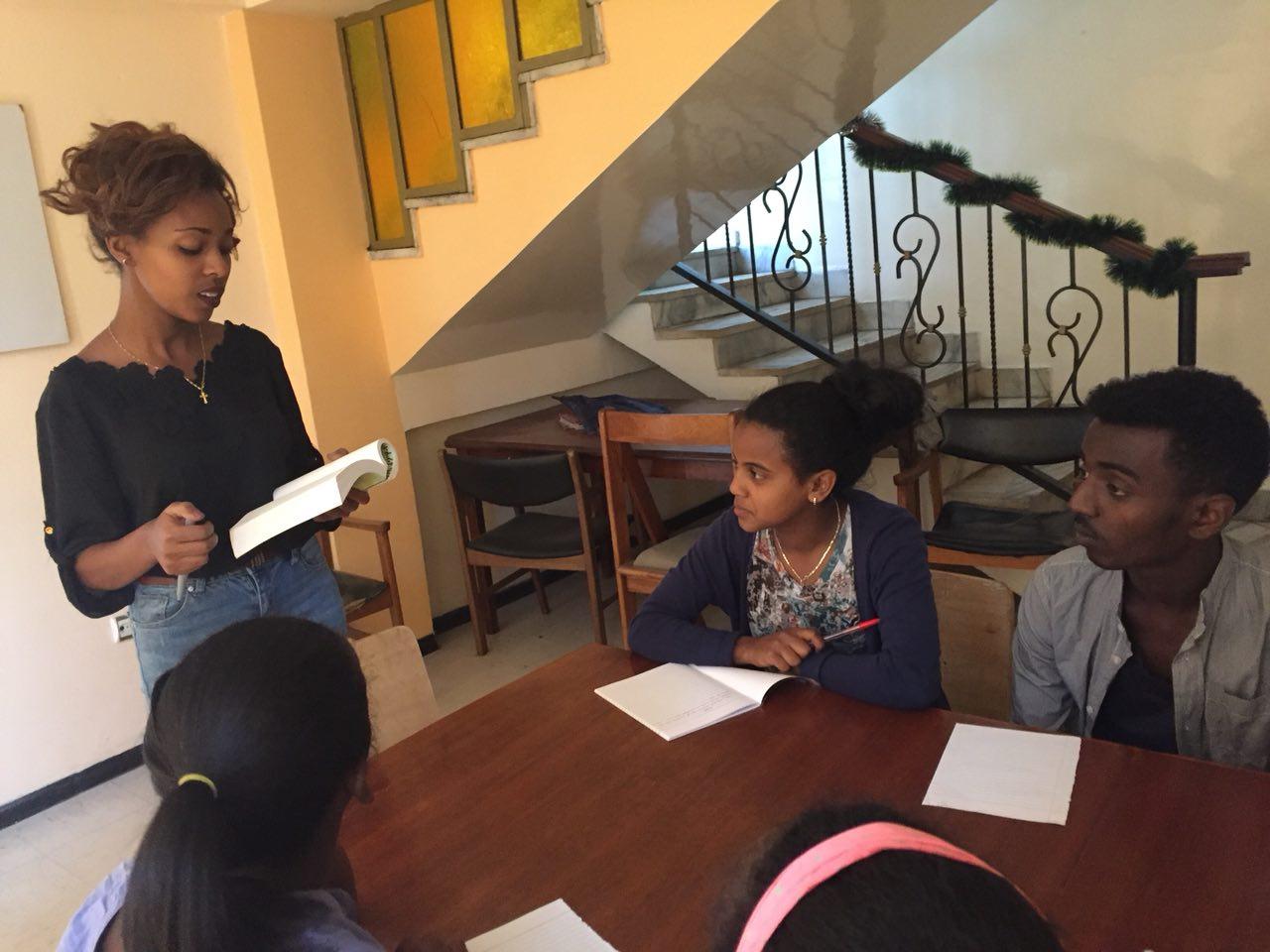 Dramalektion på PEFAN Centret i Addis Abbeba